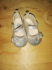 Girls Shoes – Size 12 Months – New